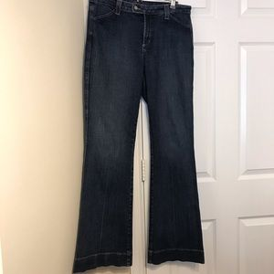 Not Your Daughter's Jeans Lift Tuck Technology